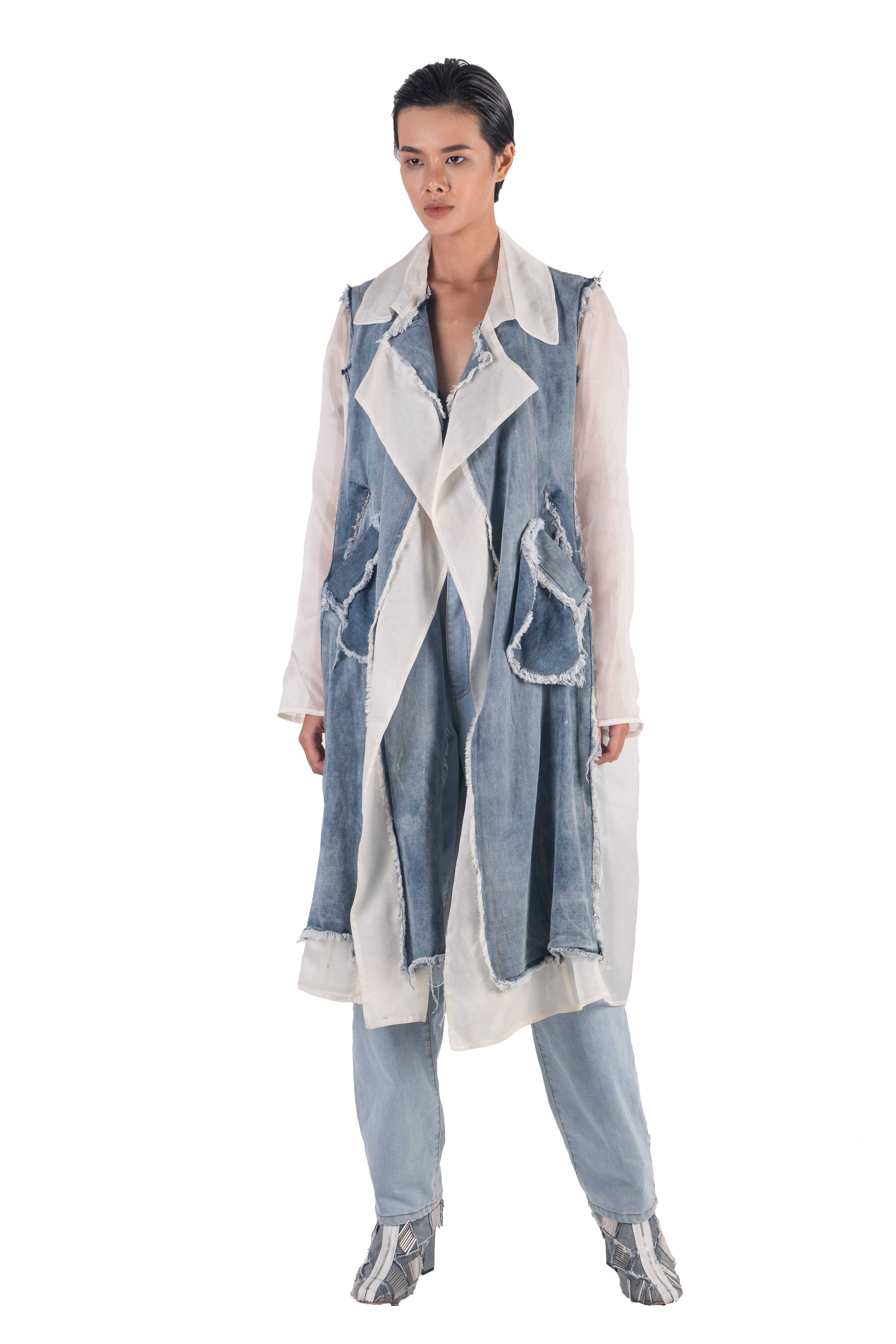 Contrasting white silk organza and washed denim panels coat with frayed egdes