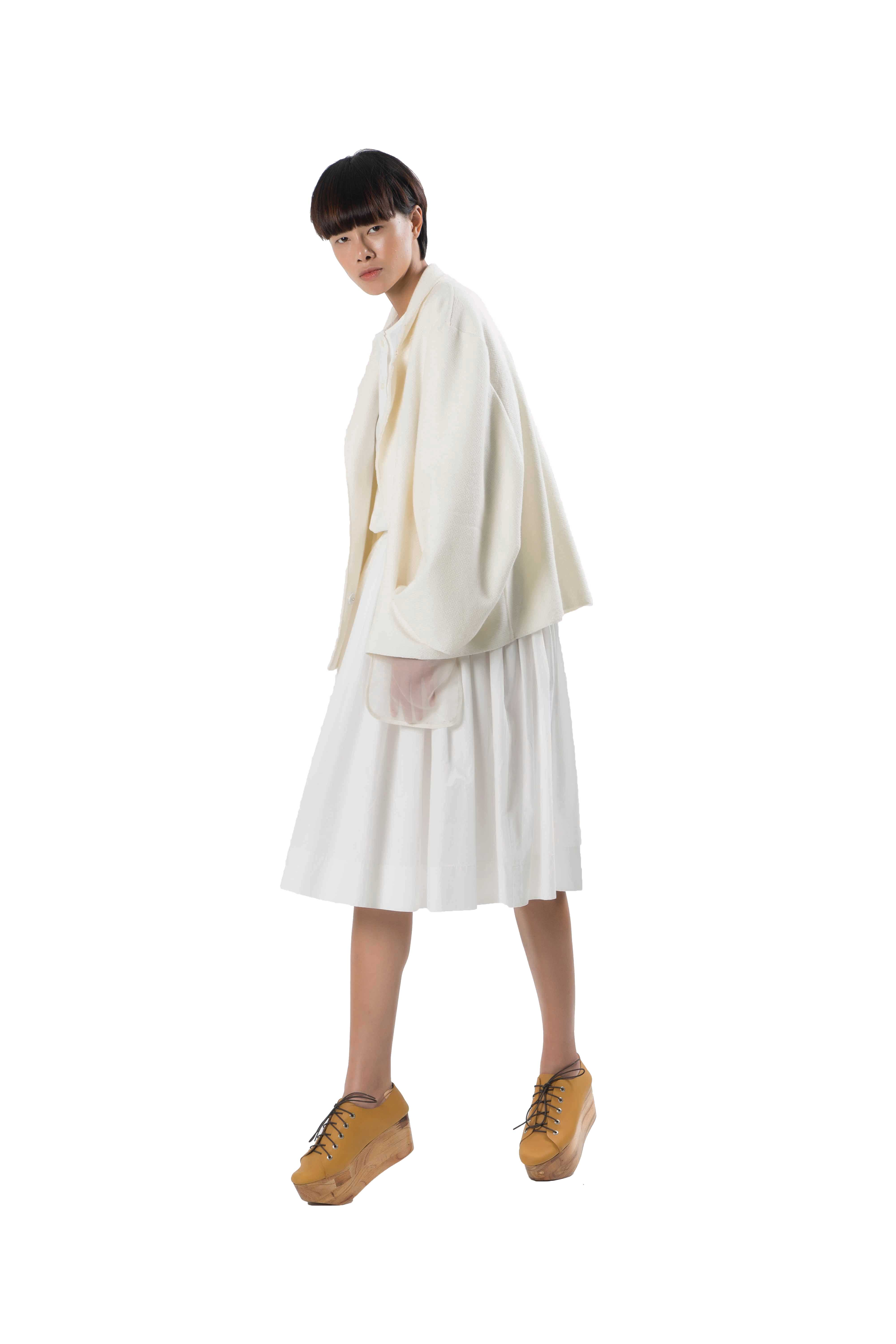 White loose fitting cotton dress