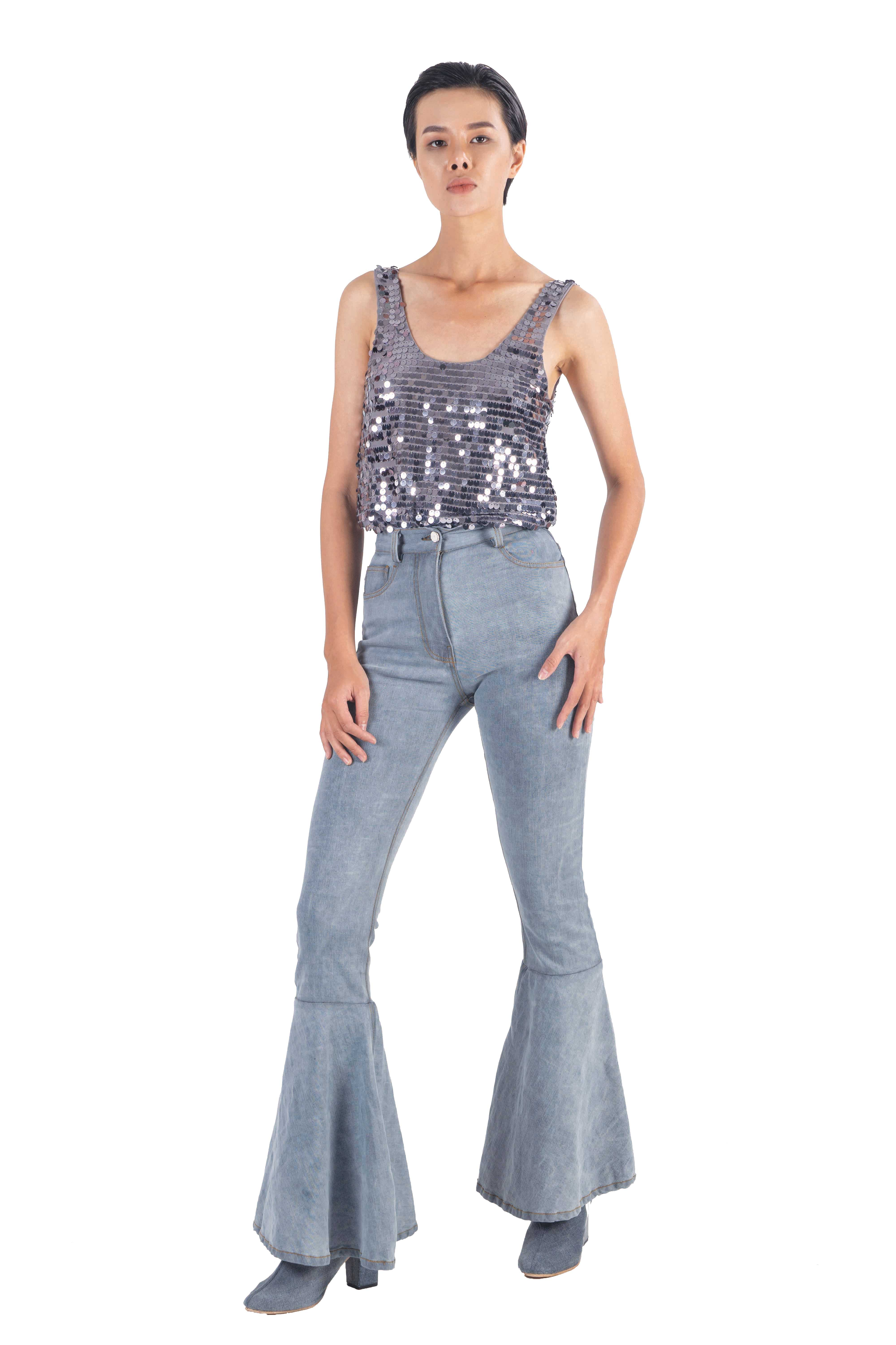 Blue flaired bell bottom washed denim pants